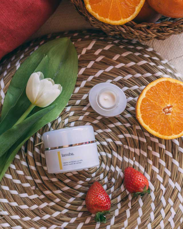 Beneficios de usar cosmética natural en tu rostro